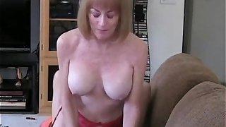 Creampie For Amateur GILF Slut