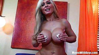 Cock Loving MILF Jenna Cruz With Majestic Boobies Banged