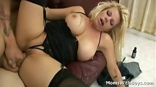 Big tit blonde mom Wendy Deep sucking cock and fuck