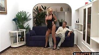XBEAUTYS.COM: Sluty Milf Fucked by Her Sons Best Friend