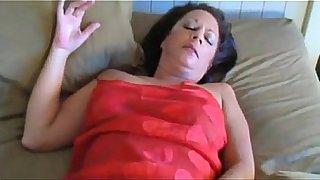 PornSnail.com - Horny mommy show anal