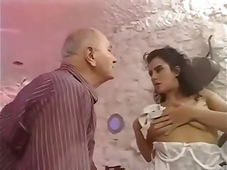 Daughter seduce her old own daddy