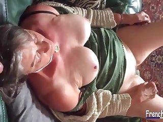 chienne mature surprise blowjob