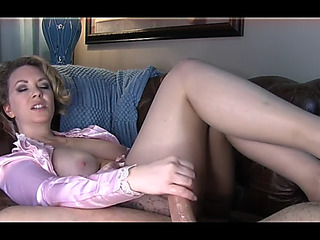 Mommy gives loving sex lesson